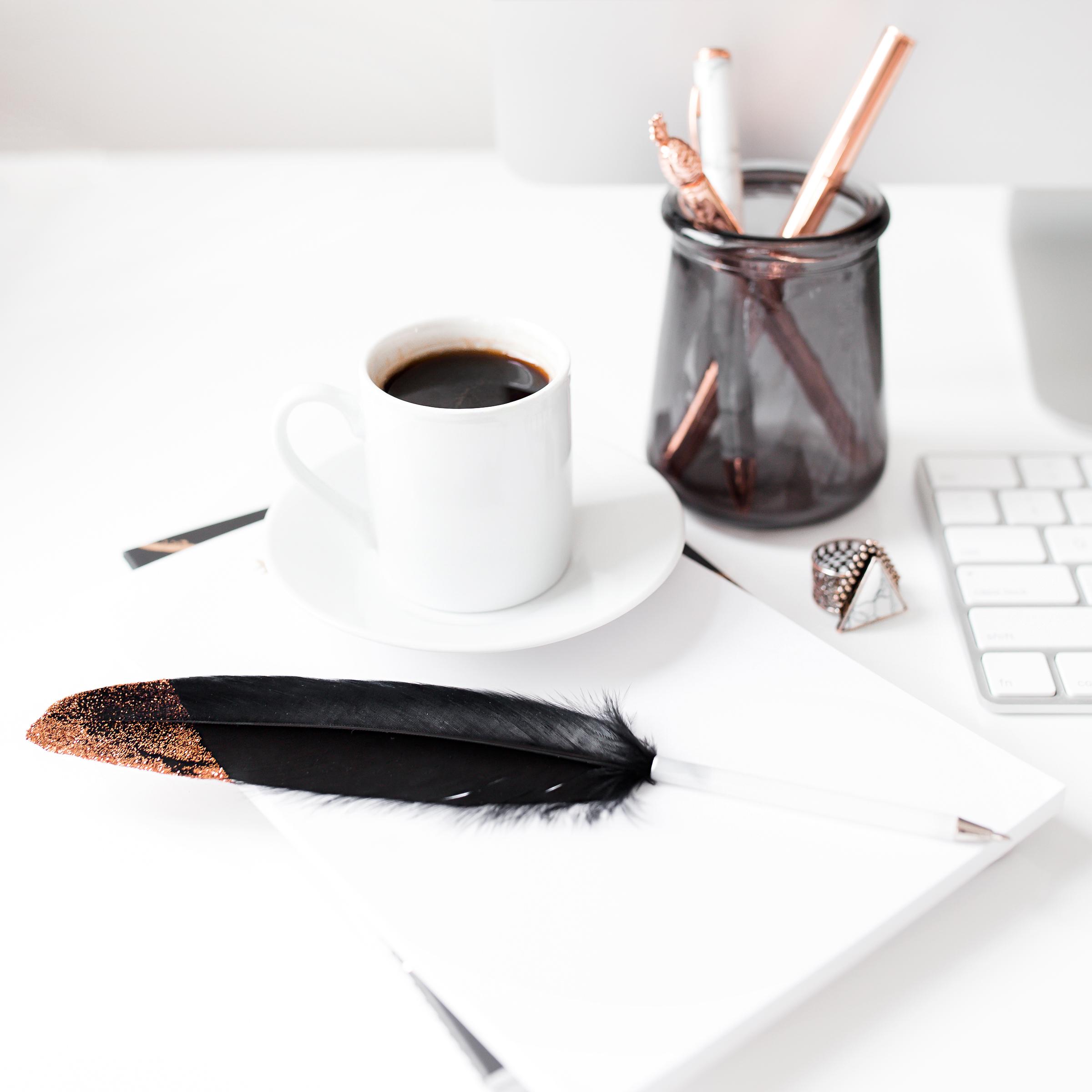 How I Quit My Full-Time Job For Blogging