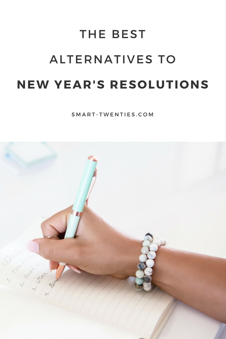 Need help setting goals? Here are the best alternatives to new year's resolutions to help you set your new year's goals! A must-read for planners and millennials!
