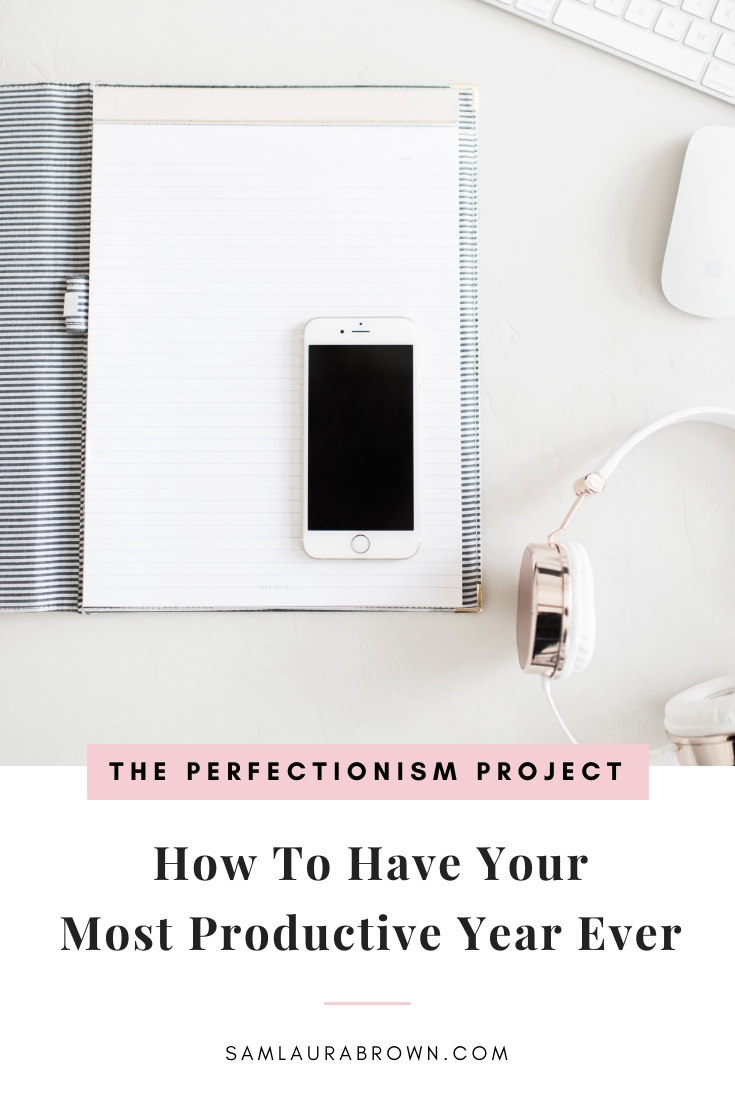 The new year is an exciting time - it's full of hope, possibility and potential. But to have your most productive year ever, you need more than that! So in this episode, I'm sharing 6 practical tips to help you get shit done. Enjoy!